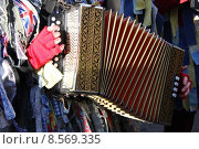 Купить «instrument keyboard measure concertina method», фото № 8569335, снято 18 августа 2018 г. (c) PantherMedia / Фотобанк Лори