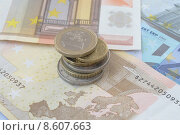 Купить «Euro coin stack on banknotes», фото № 8607663, снято 30 мая 2020 г. (c) PantherMedia / Фотобанк Лори