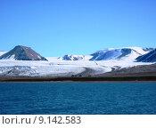 Купить «glacier arctic spitzbergen huetten blue», фото № 9142583, снято 25 апреля 2019 г. (c) PantherMedia / Фотобанк Лори