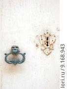 Купить «door details lock rust weatherworn», фото № 9168943, снято 19 марта 2019 г. (c) PantherMedia / Фотобанк Лори