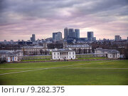 Купить «Beautiful sunset in Greenwich over Canary Wharf», фото № 9282375, снято 16 января 2019 г. (c) PantherMedia / Фотобанк Лори