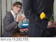 Купить «flirting in office», фото № 9292155, снято 16 апреля 2018 г. (c) PantherMedia / Фотобанк Лори