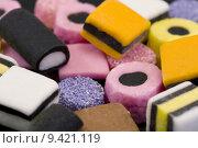 Купить «macro of liqurice allsorts», фото № 9421119, снято 18 октября 2018 г. (c) PantherMedia / Фотобанк Лори