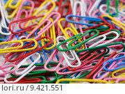 Купить «multicolored paperclips», фото № 9421551, снято 19 марта 2019 г. (c) PantherMedia / Фотобанк Лори