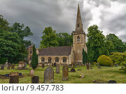 Купить «St Mary's Church with gaveyard in Cotswolds, Lower Slaughter, UK», фото № 9457783, снято 17 октября 2018 г. (c) PantherMedia / Фотобанк Лори