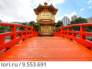 Купить «The Pavilion of Absolute Perfection in the Nan Lian Garden, Hong Kong. », фото № 9553691, снято 20 октября 2018 г. (c) PantherMedia / Фотобанк Лори