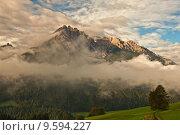Купить «mountains alps fog dolomites haunold», фото № 9594227, снято 19 ноября 2017 г. (c) PantherMedia / Фотобанк Лори
