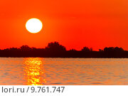 Купить «sunrise lake», фото № 9761747, снято 20 июня 2019 г. (c) PantherMedia / Фотобанк Лори