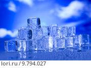 Купить «Blue and shiny ice cubes », фото № 9794027, снято 23 февраля 2019 г. (c) PantherMedia / Фотобанк Лори