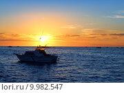Купить «Sunrise fishing boat blue sea orange sky», фото № 9982547, снято 20 июня 2019 г. (c) PantherMedia / Фотобанк Лори