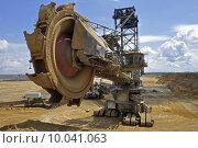 Купить «lignite dredger baggern braunkohlebagger schaufelbagger», фото № 10041063, снято 24 марта 2019 г. (c) PantherMedia / Фотобанк Лори