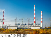 Купить «power plant pylons and power lines», фото № 10108251, снято 16 октября 2018 г. (c) PantherMedia / Фотобанк Лори