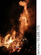 Купить «fire death devil hell solstice», фото № 10295775, снято 20 сентября 2019 г. (c) PantherMedia / Фотобанк Лори