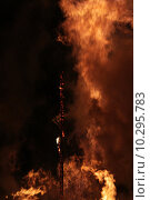 Купить «fire death devil hell solstice», фото № 10295783, снято 20 сентября 2019 г. (c) PantherMedia / Фотобанк Лори