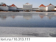 Купить «winter cold ice castle frozen», фото № 10313111, снято 21 марта 2019 г. (c) PantherMedia / Фотобанк Лори
