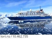 Купить «winter cruise arctic polar cruiser», фото № 10462735, снято 19 марта 2019 г. (c) PantherMedia / Фотобанк Лори