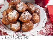 Купить «Oliebollen, similar to doughnut holes, a tradition sweet treat in the Netherlands around Christmas», фото № 10473143, снято 21 марта 2019 г. (c) PantherMedia / Фотобанк Лори