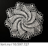Купить «Crocheted lace napkin», фото № 10597727, снято 22 июля 2015 г. (c) Ярочкин Сергей / Фотобанк Лори