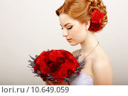Купить «Mildness. Profile of Calm Woman with Red Bouquet of Flowers. Tranquility & Gentleness», фото № 10649059, снято 16 января 2018 г. (c) PantherMedia / Фотобанк Лори