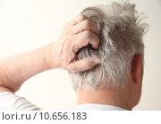 Купить «senior man scratching head», фото № 10656183, снято 23 июля 2018 г. (c) PantherMedia / Фотобанк Лори