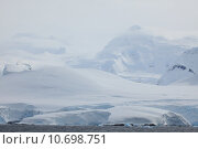 Купить «Winter cold ice glacier arctic», фото № 10698751, снято 19 февраля 2019 г. (c) PantherMedia / Фотобанк Лори