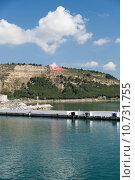 Купить «The crossing through the strait of Dardanelles from Asia to Europe», фото № 10731755, снято 25 мая 2019 г. (c) PantherMedia / Фотобанк Лори