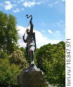 Купить «Statue of an archer in Tehran, Iran», фото № 10847971, снято 17 июня 2019 г. (c) PantherMedia / Фотобанк Лори