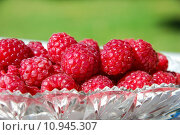 Купить «Raspberries close up», фото № 10945307, снято 17 августа 2018 г. (c) PantherMedia / Фотобанк Лори
