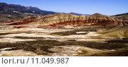 Купить «Panoramic Horizontal Composition Painted Desert John Day Fossil Beds Oregon», фото № 11049987, снято 24 мая 2019 г. (c) PantherMedia / Фотобанк Лори