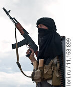 Купить «Muslim rebel with AK assault rifle», фото № 11168899, снято 13 декабря 2018 г. (c) PantherMedia / Фотобанк Лори