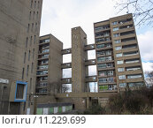 Купить «Balfron Tower in London», фото № 11229699, снято 24 августа 2019 г. (c) PantherMedia / Фотобанк Лори