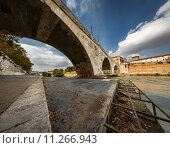 Купить «Panorama of Tiber Island and Cestius Bridge over Tiber River, Rome, Italy», фото № 11266943, снято 21 февраля 2018 г. (c) PantherMedia / Фотобанк Лори