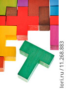 Купить «T-shaped piece in wooden multicoloured puzzle», фото № 11268883, снято 19 октября 2019 г. (c) PantherMedia / Фотобанк Лори