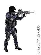 Купить «SWAT officer», фото № 11297435, снято 17 июля 2018 г. (c) PantherMedia / Фотобанк Лори