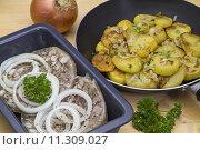 Купить «headcheese bratkartoffel graue hausmacherwurst presssack», фото № 11309027, снято 20 марта 2019 г. (c) PantherMedia / Фотобанк Лори