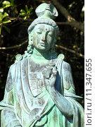 Купить «Guanyin statue», фото № 11347655, снято 19 августа 2018 г. (c) PantherMedia / Фотобанк Лори