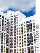 Фасад нового высотного жилого здания. Стоковое фото, фотограф Сергеев Валерий / Фотобанк Лори