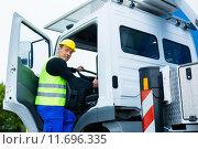 Купить «equipment truck crane lorry construction», фото № 11696335, снято 17 декабря 2017 г. (c) PantherMedia / Фотобанк Лори