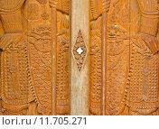 Купить «Temple door decorate in Chinese style, Thailand», фото № 11705271, снято 27 мая 2019 г. (c) PantherMedia / Фотобанк Лори