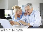 Купить «Senior couple connected with family on internet», фото № 11875407, снято 18 октября 2018 г. (c) PantherMedia / Фотобанк Лори