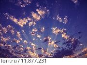 Вечернее небо с облаками, освещенными заходящим солнцем. Стоковое фото, фотограф Вячеслав Зяблов / Фотобанк Лори