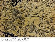 Купить «Painting of dragon and bull fighting in traditional Thai style on door of Buddhist temple, Thailand», фото № 11937071, снято 27 мая 2019 г. (c) PantherMedia / Фотобанк Лори