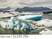 Купить «Icebergs of Joekulsarlon Bay», фото № 12075759, снято 23 мая 2019 г. (c) PantherMedia / Фотобанк Лори