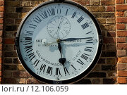 Купить «clock london dial pointer greenwich», фото № 12106059, снято 16 января 2019 г. (c) PantherMedia / Фотобанк Лори