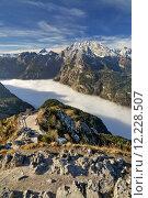 Купить «mountains fog alpenpanorama berchtesgaden bergnebel», фото № 12228507, снято 10 декабря 2018 г. (c) PantherMedia / Фотобанк Лори