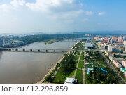Купить «Вид на город Пхеньян», фото № 12296859, снято 27 июля 2014 г. (c) Михаил Пряхин / Фотобанк Лори