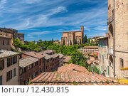 Купить «Panoramic view from the roof of town, Lake Garda», фото № 12430815, снято 22 августа 2018 г. (c) PantherMedia / Фотобанк Лори