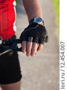 Купить «man nature senior fit bike», фото № 12454007, снято 21 апреля 2019 г. (c) PantherMedia / Фотобанк Лори