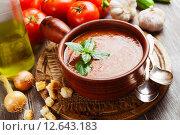Гаспачо - итальянский холодный суп из помидоров. Стоковое фото, фотограф Надежда Мишкова / Фотобанк Лори