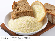 Купить «Stale bread and finely ground breadcrumbs», фото № 12685283, снято 26 мая 2018 г. (c) PantherMedia / Фотобанк Лори